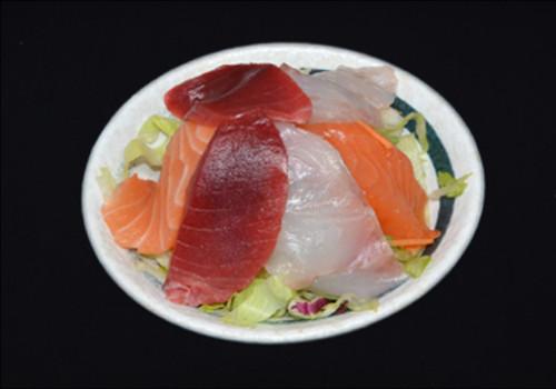 Sashimi salata